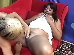 Teen black lesbian angels eat out pussies